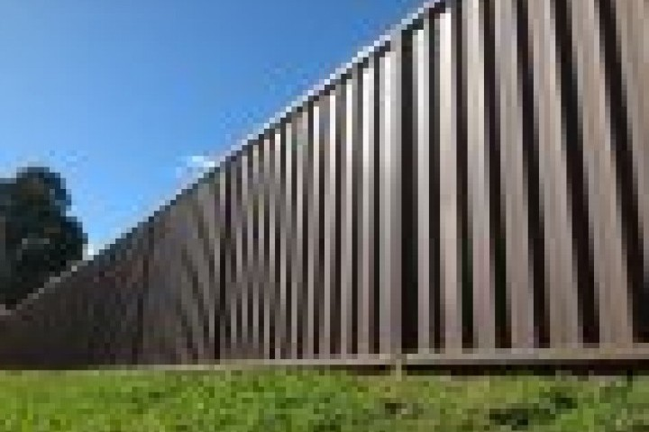 Marshalls Fencing and Welding Commercial fencing 720 480