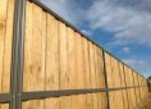 Kwikfynd Lap and Cap Timber Fencing adamstown